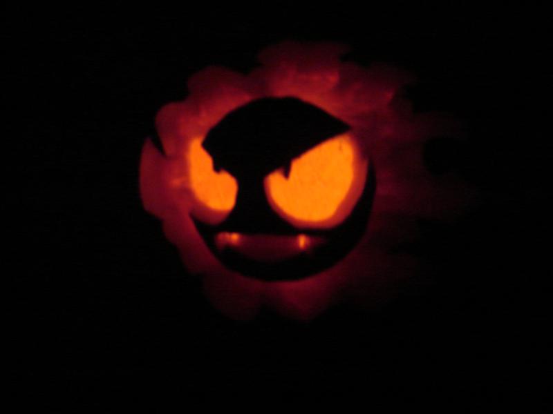 Gastly Pumpkin: Lit Up by Bropius
