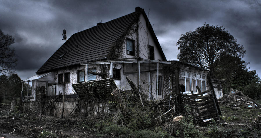 Ghost House By Cryther On Deviantart