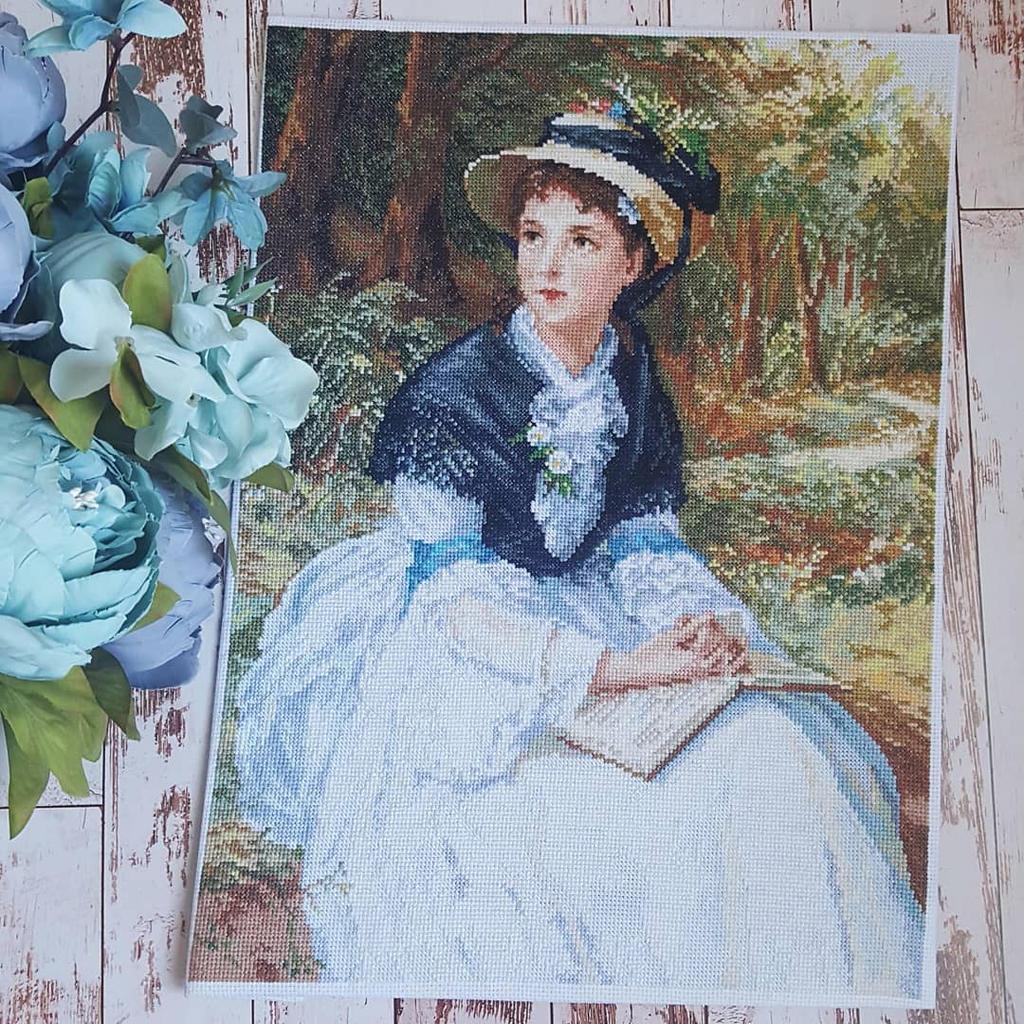 Lady with book by karfagenika