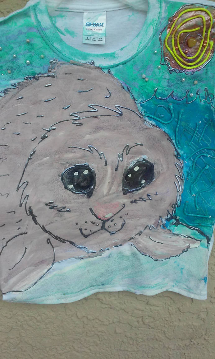 Baby seal 1/4 Hand Painted Acrylic paint TEE-Shirt by