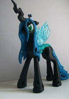 Queen Chrysalis by KCpon3