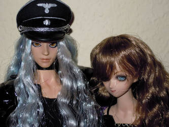 Dollfie: Rosiel and Shao 01