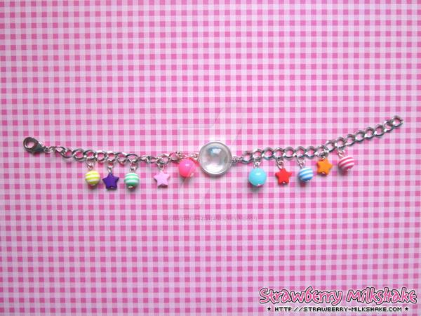 Bracelet: *Playful kitteh* (Cheerful Line)