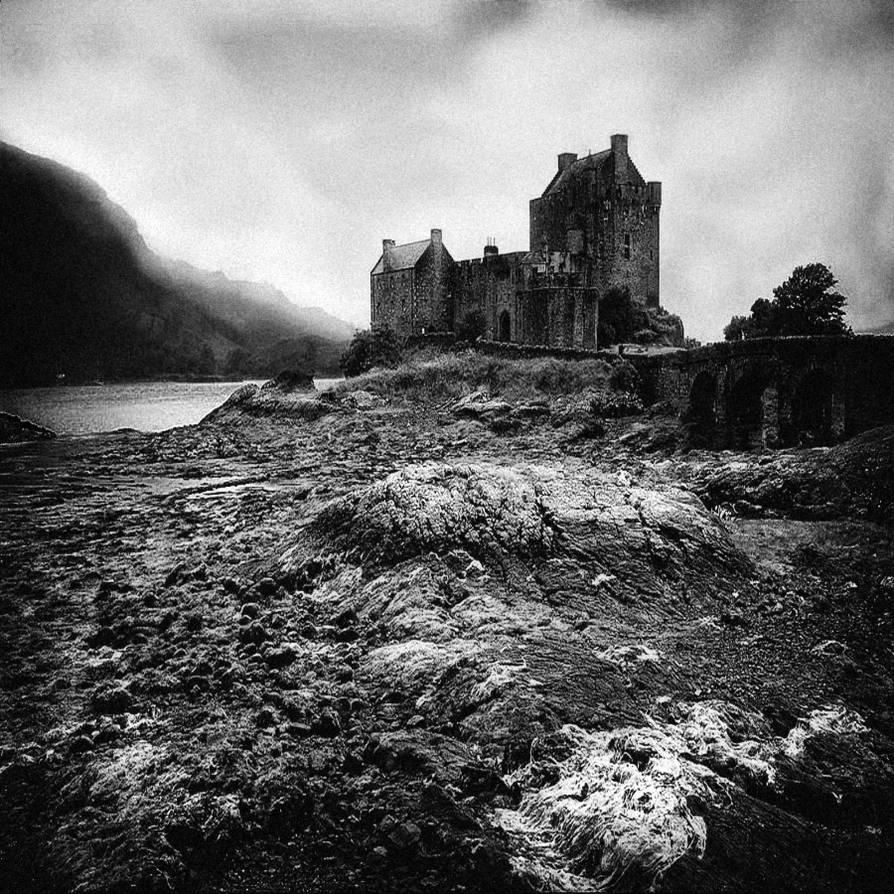 The Castle b+w...