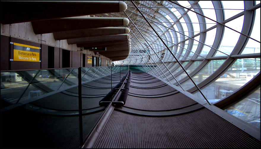 Paris Airport CDG '11-9' by MichiLauke