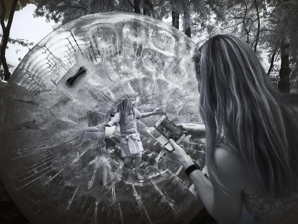 Childrens Playground infrared by MichiLauke