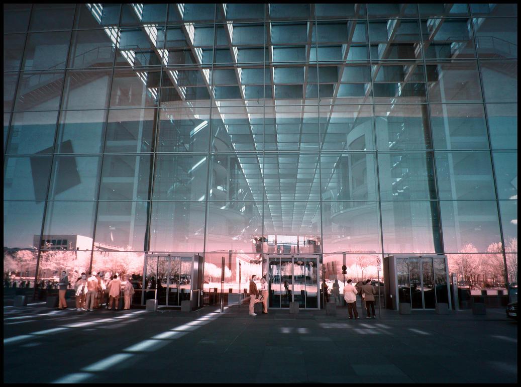 Paul-Loebe-Haus infrared by MichiLauke