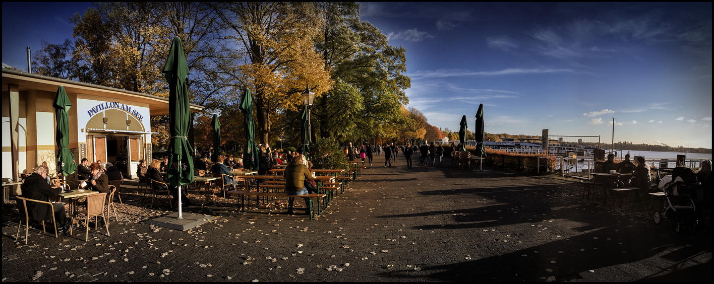 Greenwich Promenade Berlin by MichiLauke