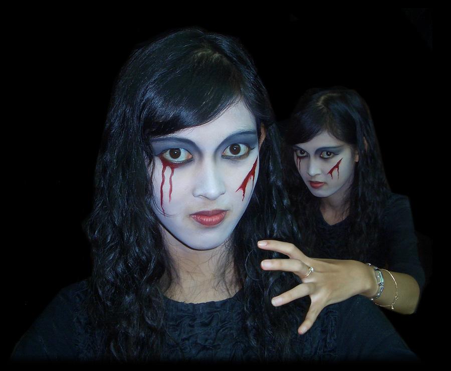 Happy Halloween with Miss Dragula by MichiLauke