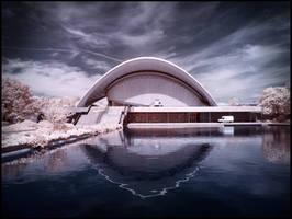 Berlin: Haus der Kulturen der Welt - Infrared by MichiLauke