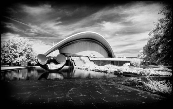 Berlin Haus der Kulturen der Welt II - Infrared