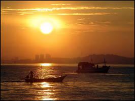 Golden Sunrise... by MichiLauke