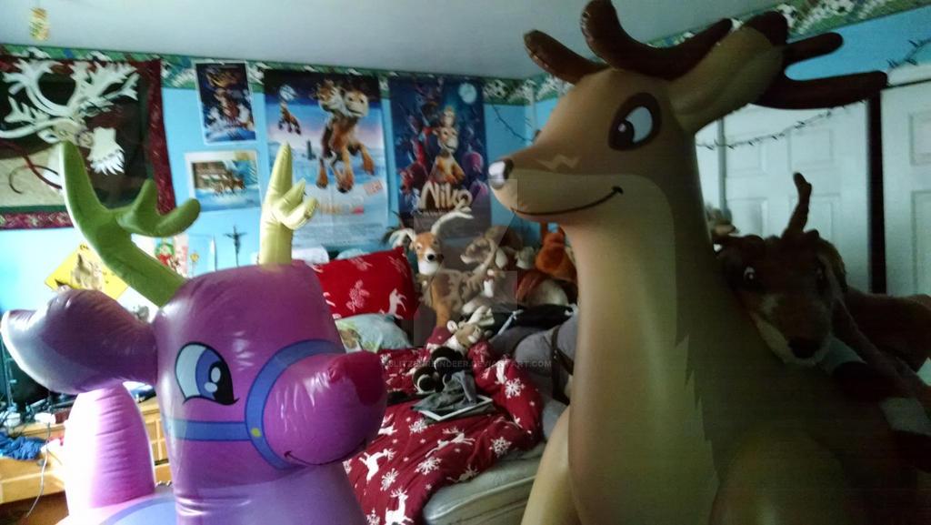 The Reindeer Family By BlitzenReindeer ...