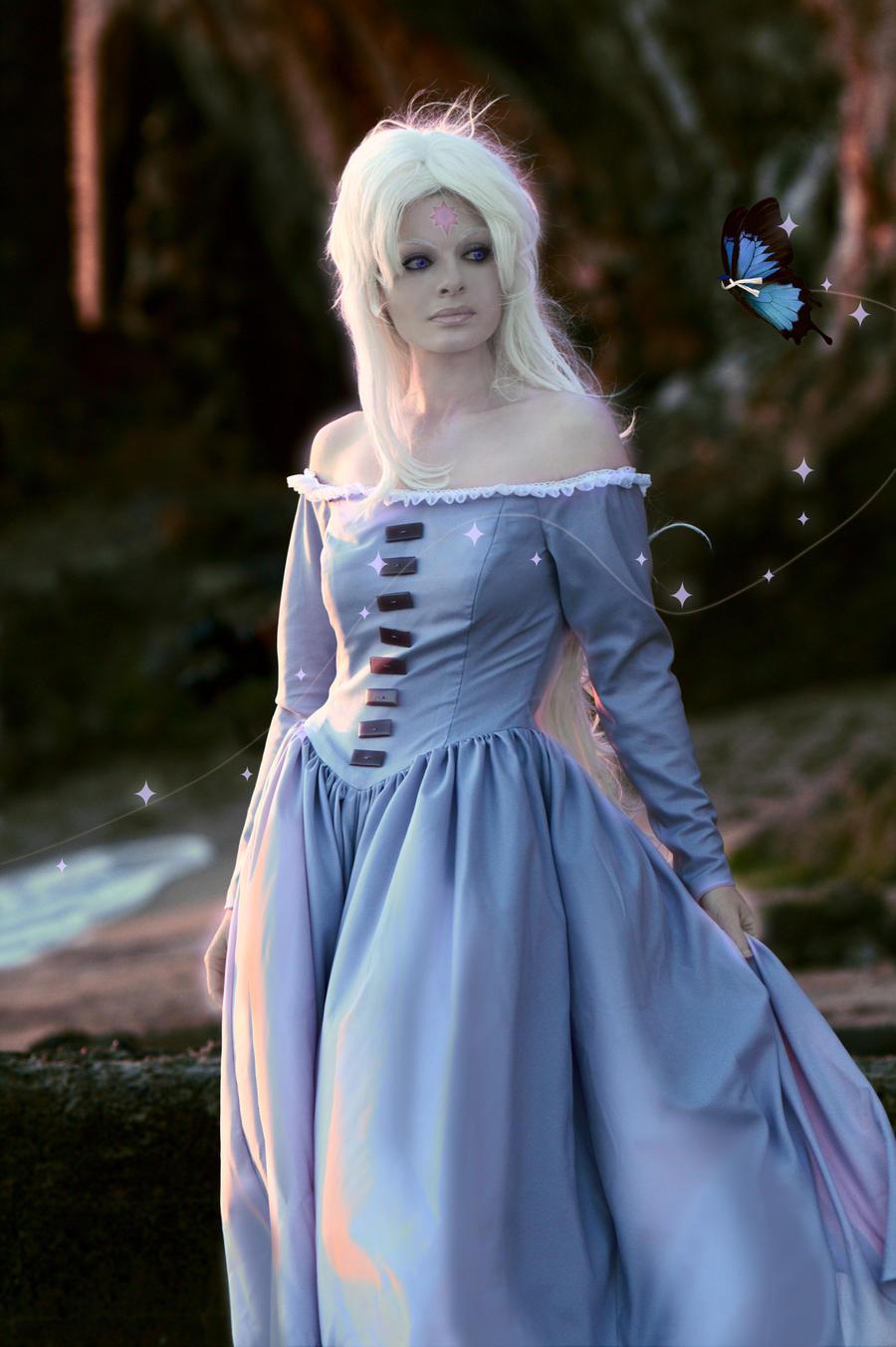 Lady Amalthea Last Unicorn Cosplay By Neoqueenhoneybee On