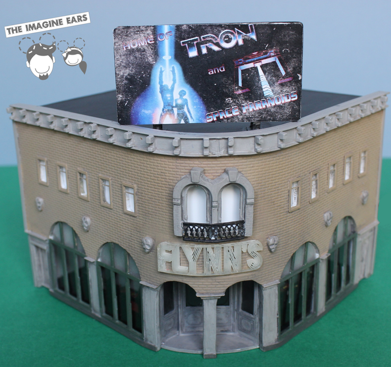Disney HO Scale: Flynn's Arcade from Tron by TheImagineEars