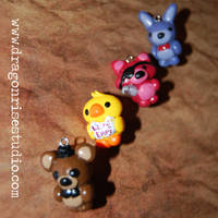 Five Nights at Freddy's Charms!