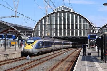 Eurostar in Amsterdam by ZCochrane