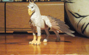 My Awesome Safari Ltd Hippogryph by Growlie26