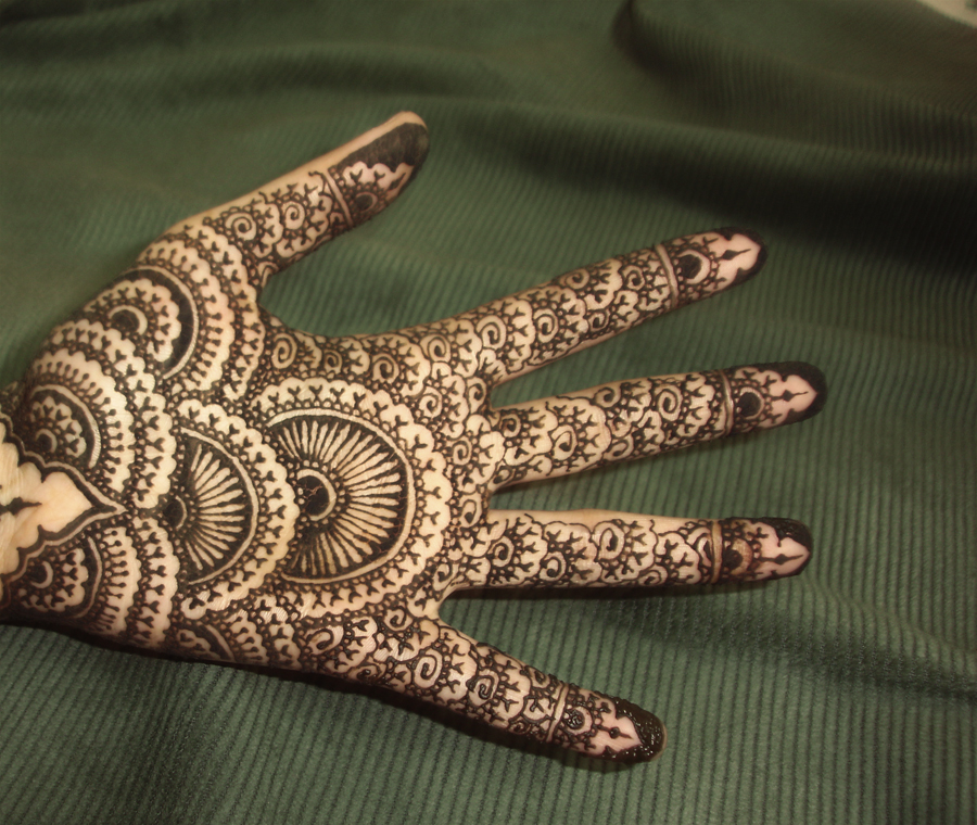 Henna 9 by Exillior
