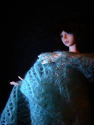 lady in shawl by Aegren