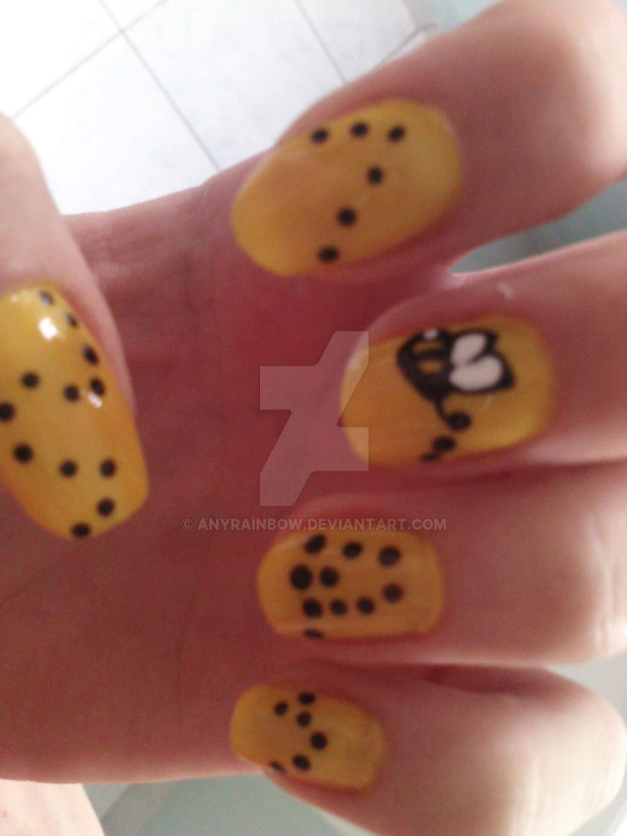 Bee Nail Design by AnyRainbow