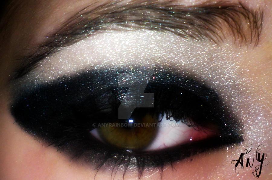 Black Eye Make Up by AnyRainbow