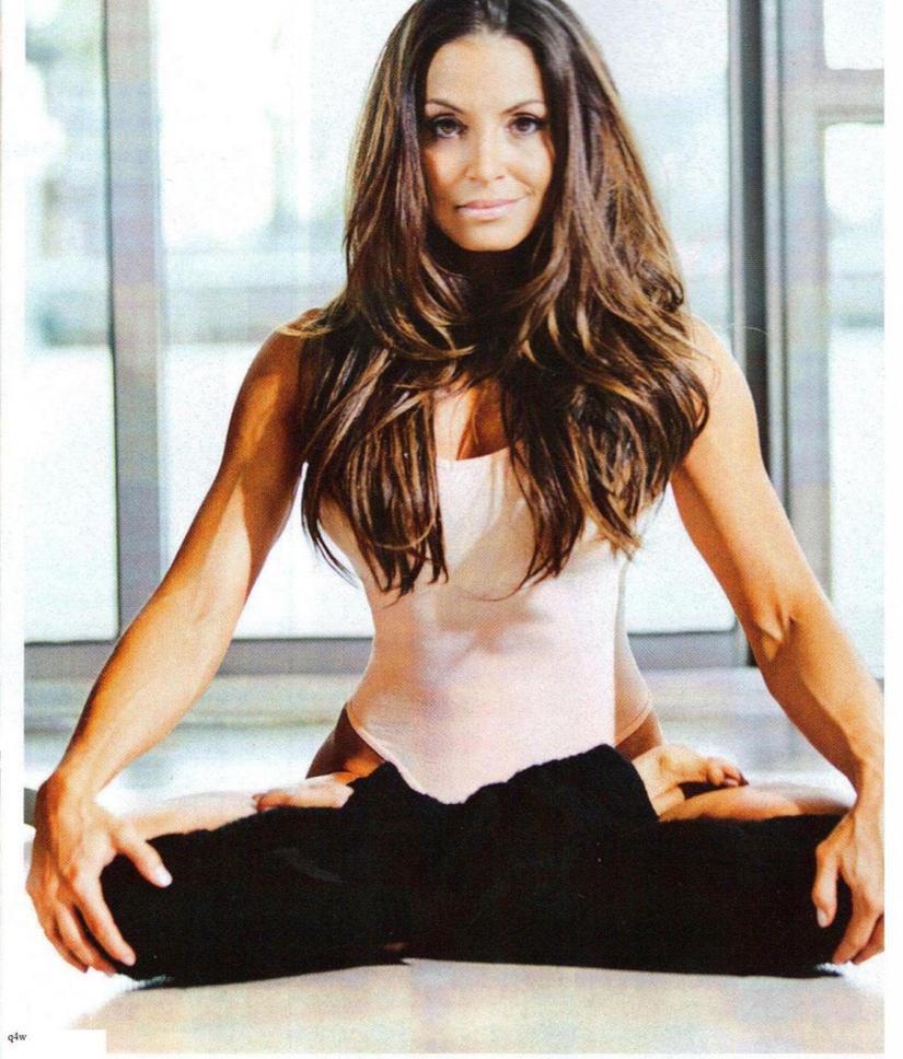http://th07.deviantart.net/fs71/PRE/f/2013/102/a/7/trish_yoga_cross_legged_pose_by_idmwmni-d61h9tf.jpg
