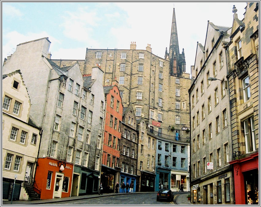 Edinburgh Street Scene by samurai23