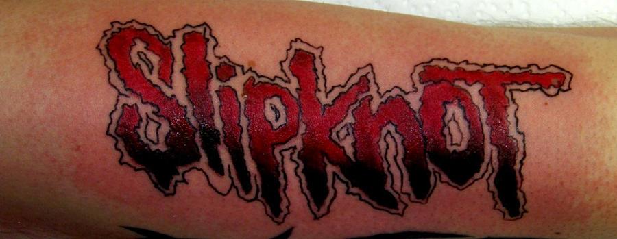 http://fc03.deviantart.net/fs71/i/2011/020/5/e/tattoo_slipknot_by_proezekiel666-d37mdnv.jpg