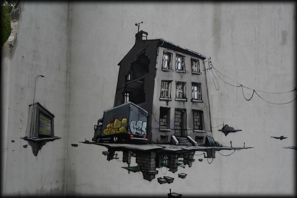 la maison grise by pwlldu