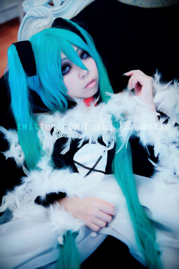 (Goth) Cantarella ~ Hatsune Miku by HarajukuNoMatie