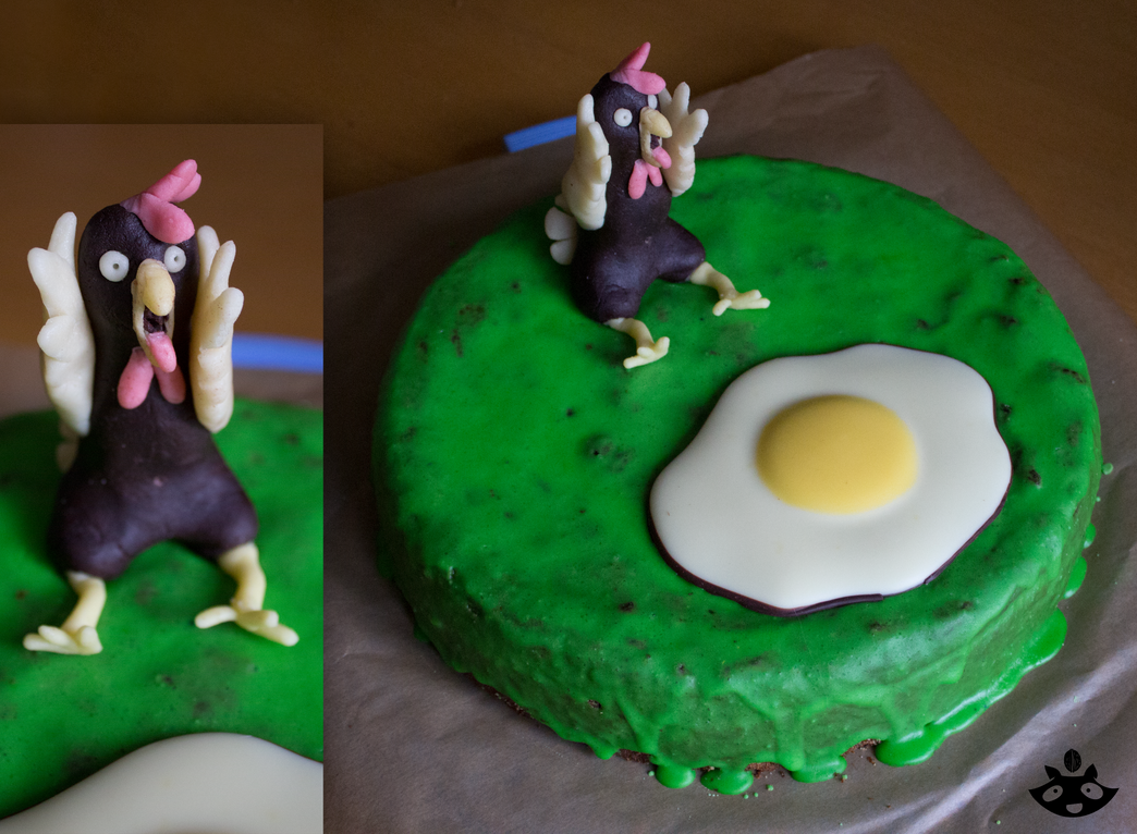 Screaming chicken cake by nuttycoon