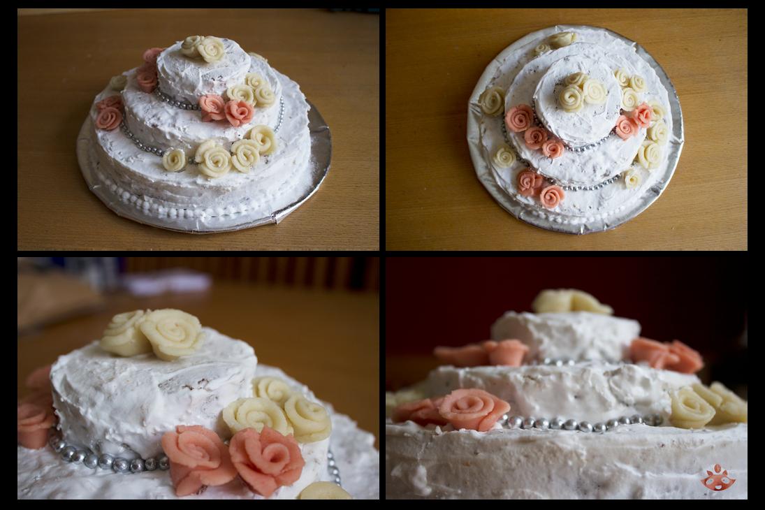Wedding cake by nuttycoon
