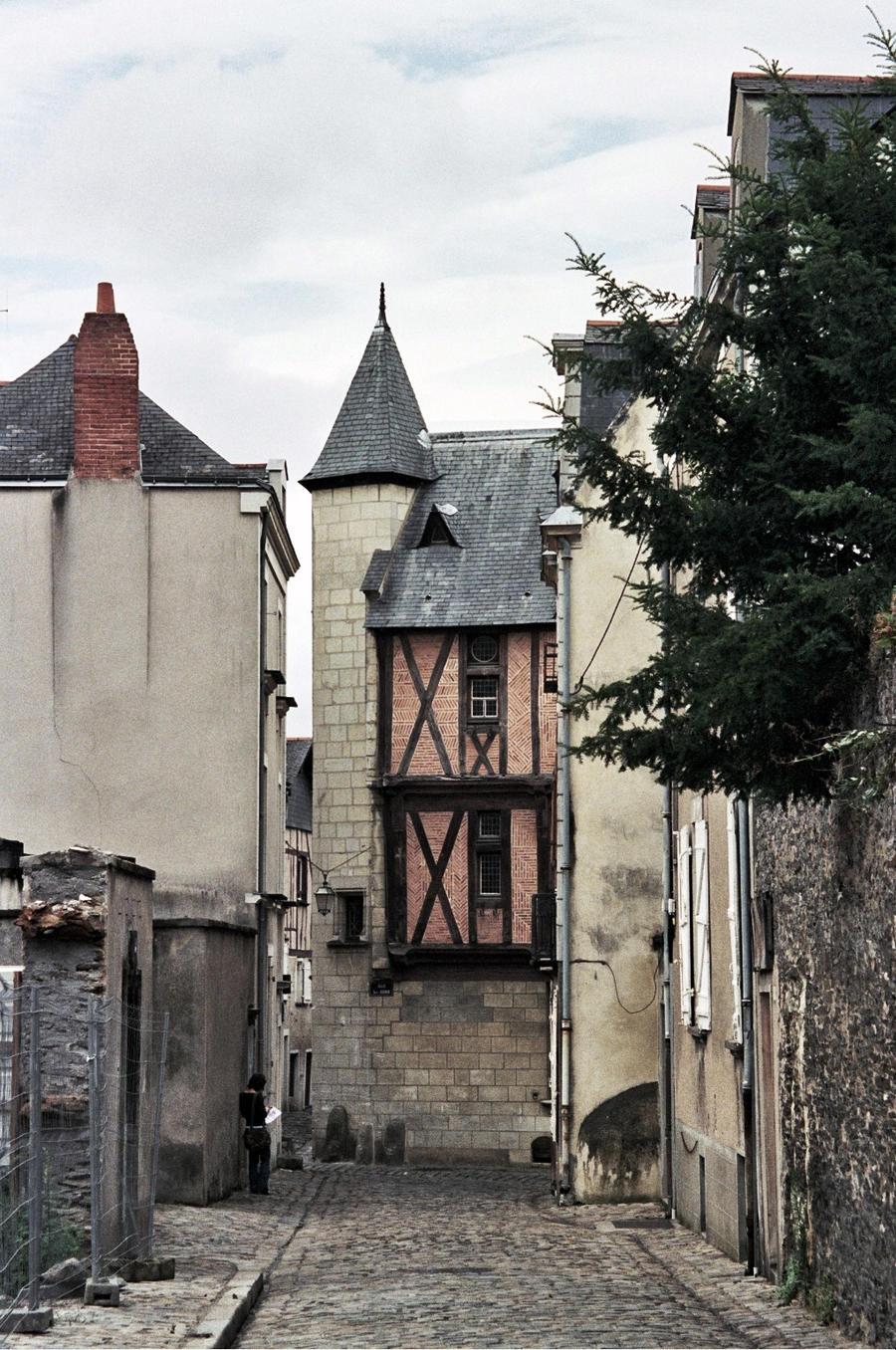Angers 01