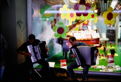 Accordion Players 2