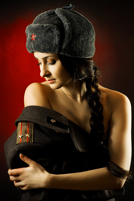 soviet_army_girl_by_blojek-d3a79dd.jpg