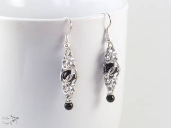 Black Captive Bead Chainmaille Drop Earrings