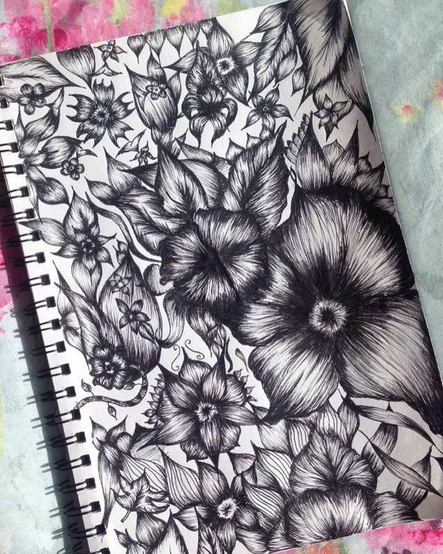 Monochrome Flowers by Realise-RealEyess