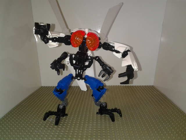The Fly MOC by sideshowOfMadness