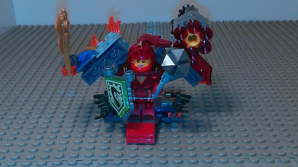 Macy's Power Armor by sideshowOfMadness