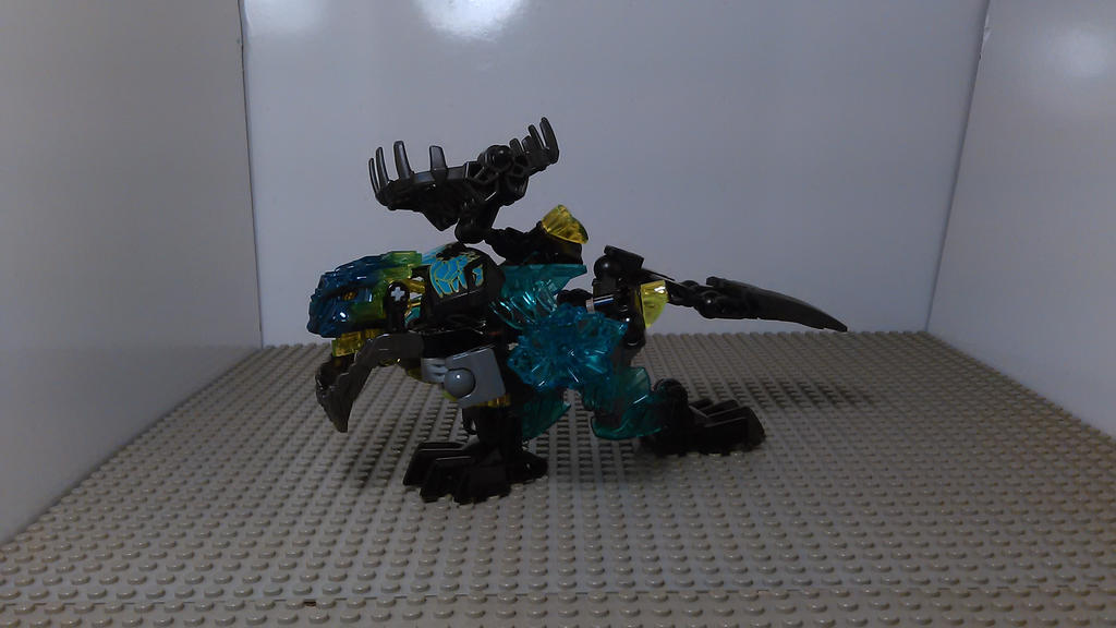 Bionicle Transformer Storm Trucker (Truck Mode) by sideshowOfMadness