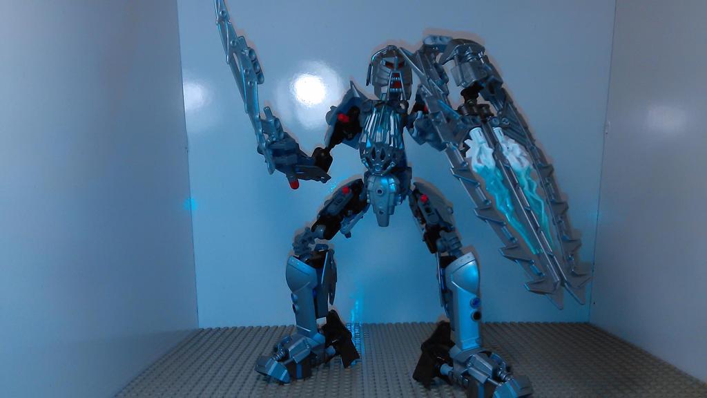 Bionicle Knight by sideshowOfMadness