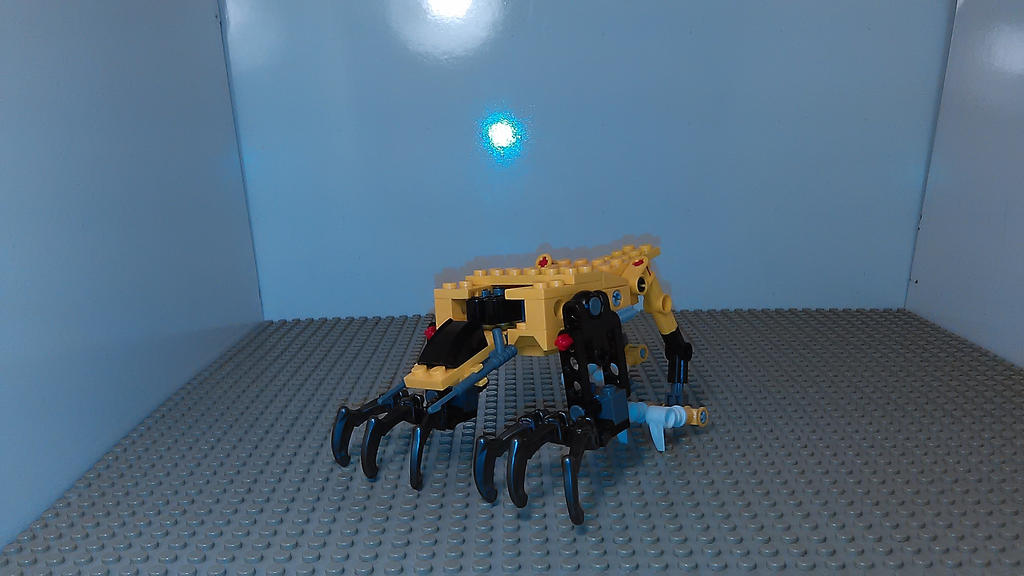 MMPR Saber tooth tiger Zord [Lego MOC] by sideshowOfMadness