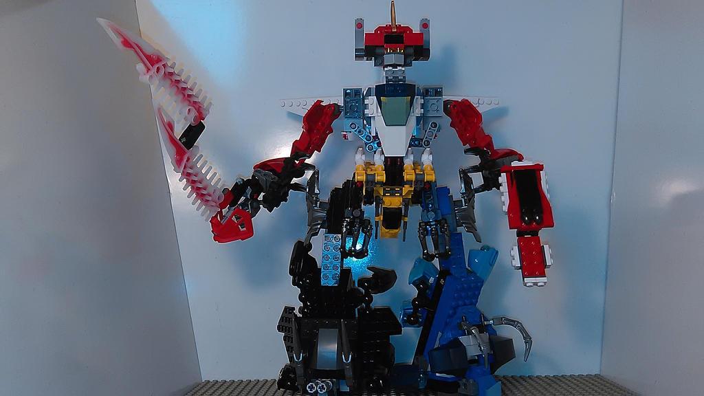 MMPR Megazord [Lego MOC] by sideshowOfMadness