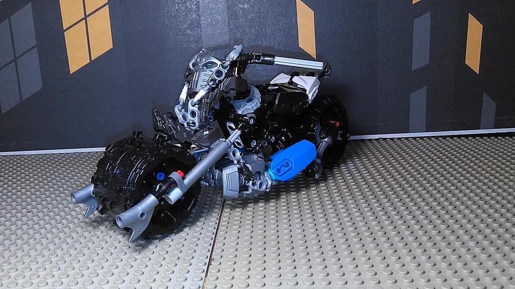 Roadhog (Bike Mode) by sideshowOfMadness
