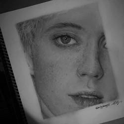 Troye Sivan portrait / pencil drawing