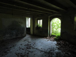 Abandoned room with door to outside by Simbores