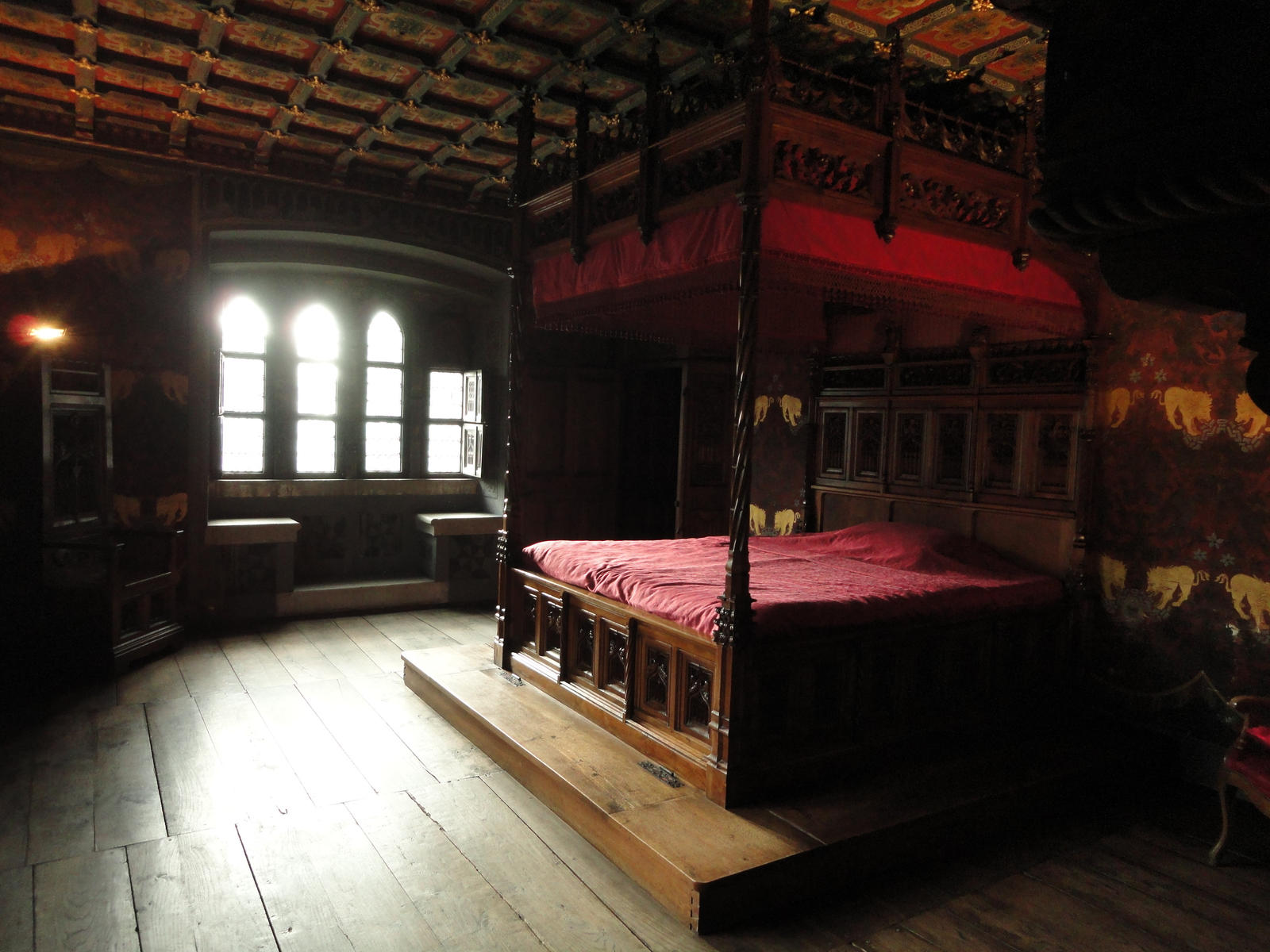 Castle Bedrooms 28 Images Lostpastremembered Gawain