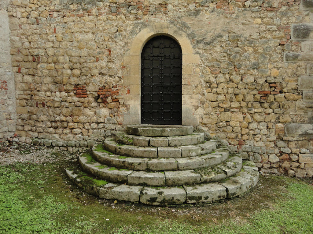 Medieval door with stairs by Simbores