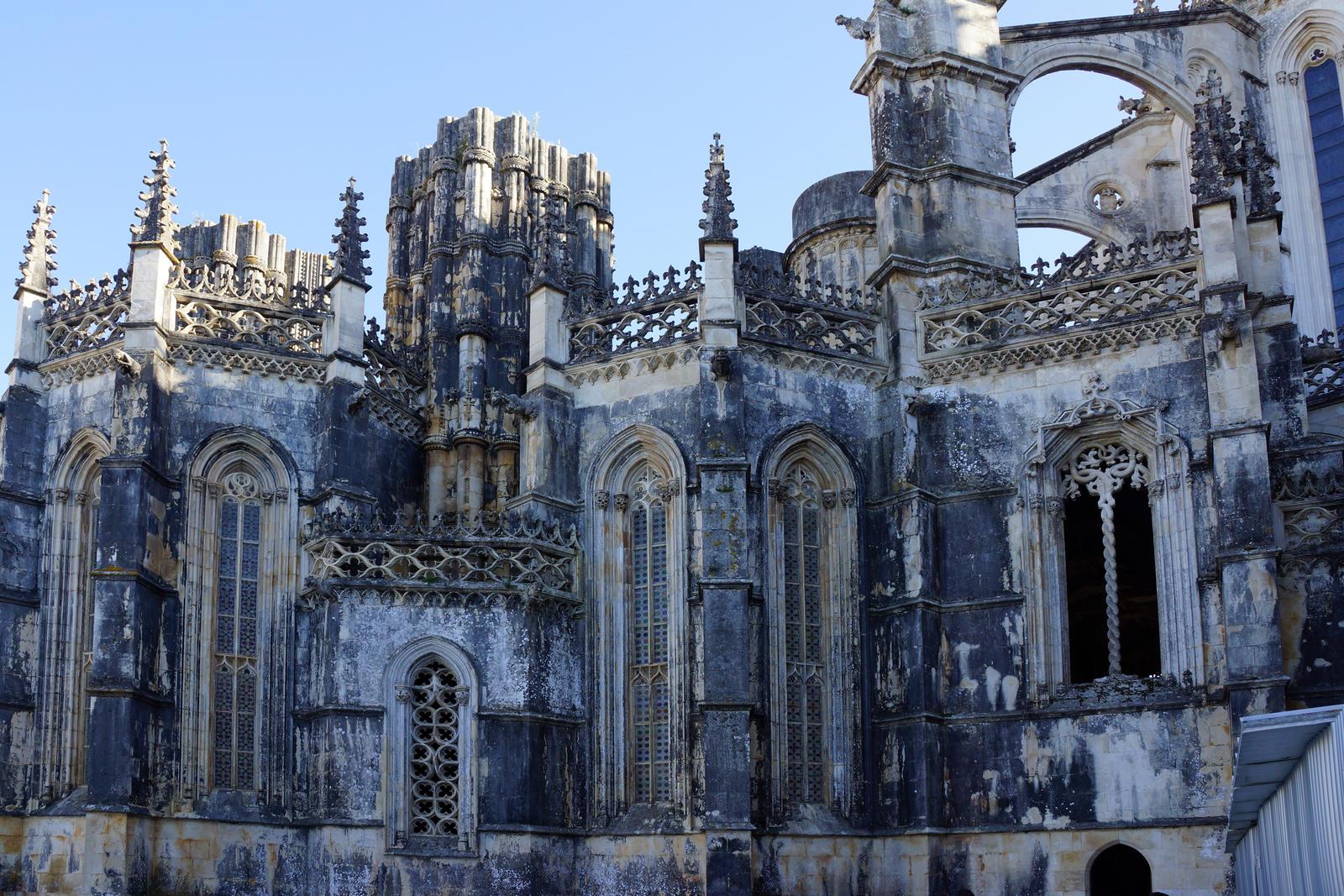 Multiple windows or castle by Simbores